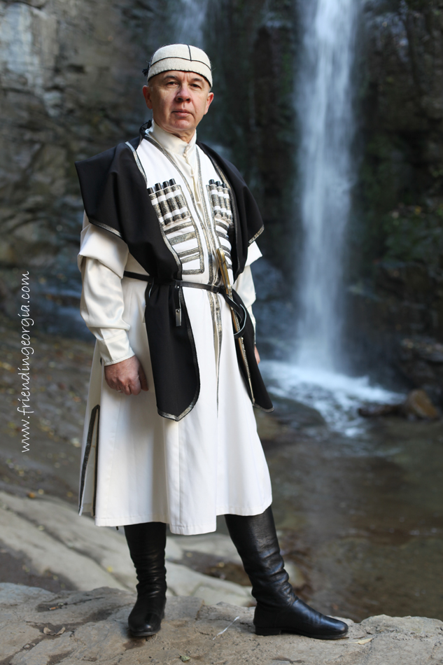 Traditional dress 2.jpg