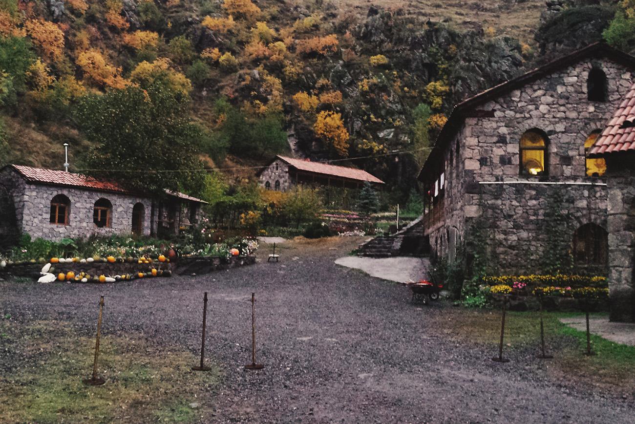 Женский монастырь Верхняя Вардзиа