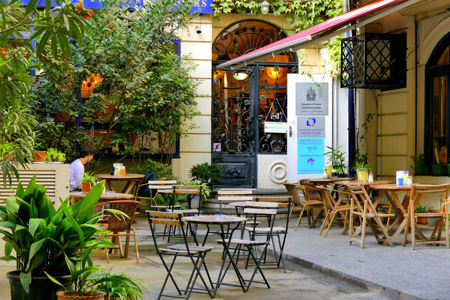 tbilisi-is-the-city-i-love-so-i-want-to-show-you-some-of-its-places-16__880.jpg