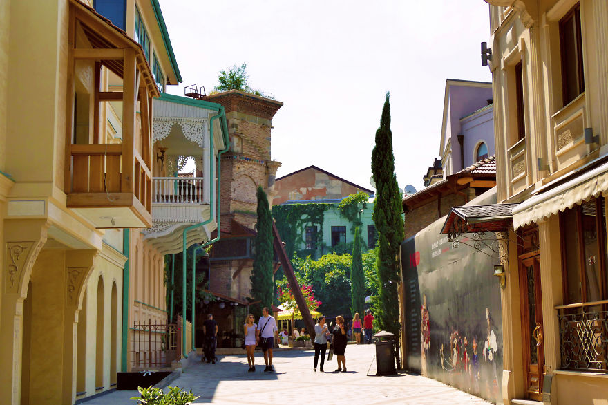 tbilisi-is-the-city-i-love-so-i-want-to-show-you-some-of-its-places-9__880 (1).jpg