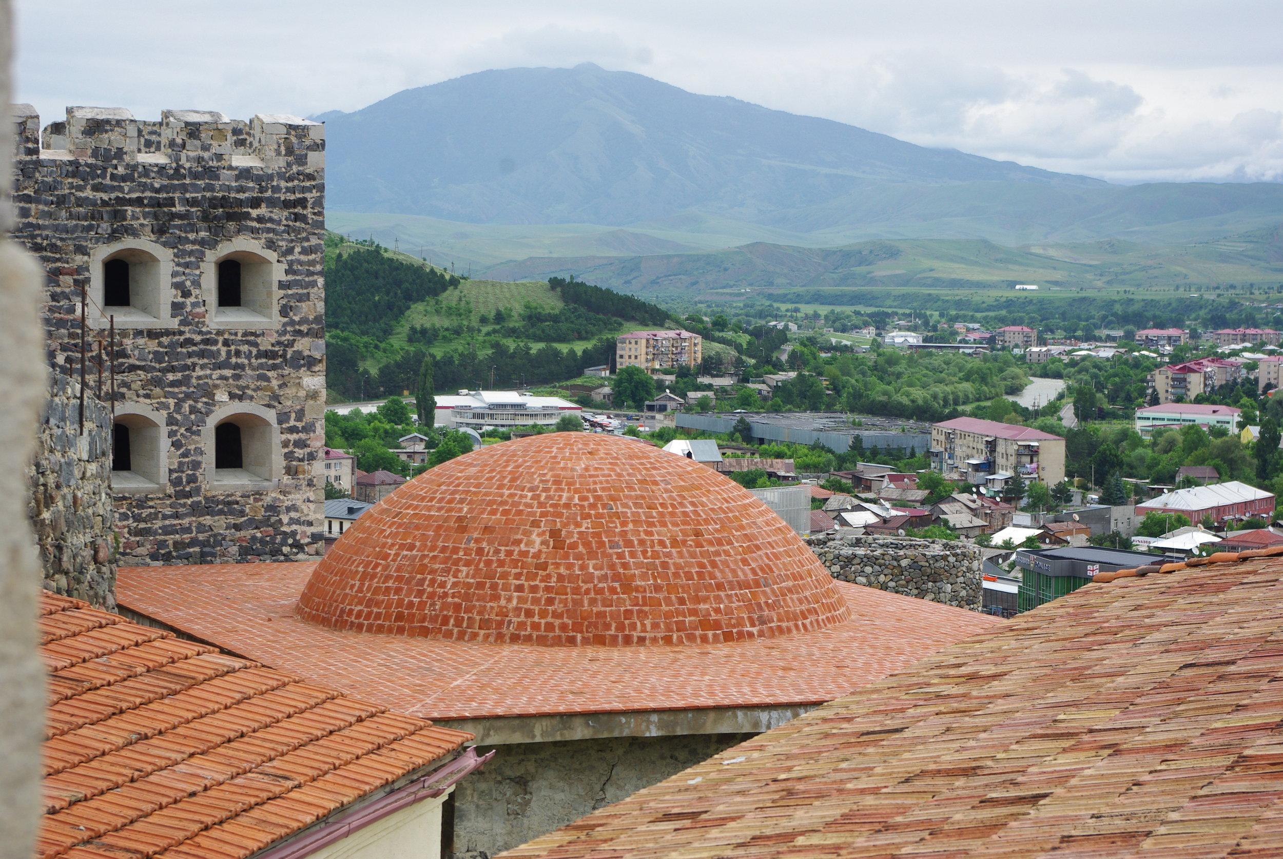 1206 Рабати Тбилиси ЮраIMGP0034.JPG