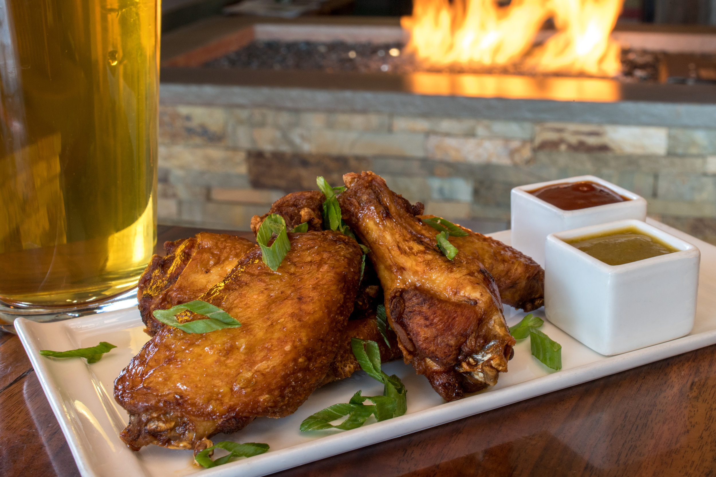 B K-HappyHour-ChickenWings-2.jpg