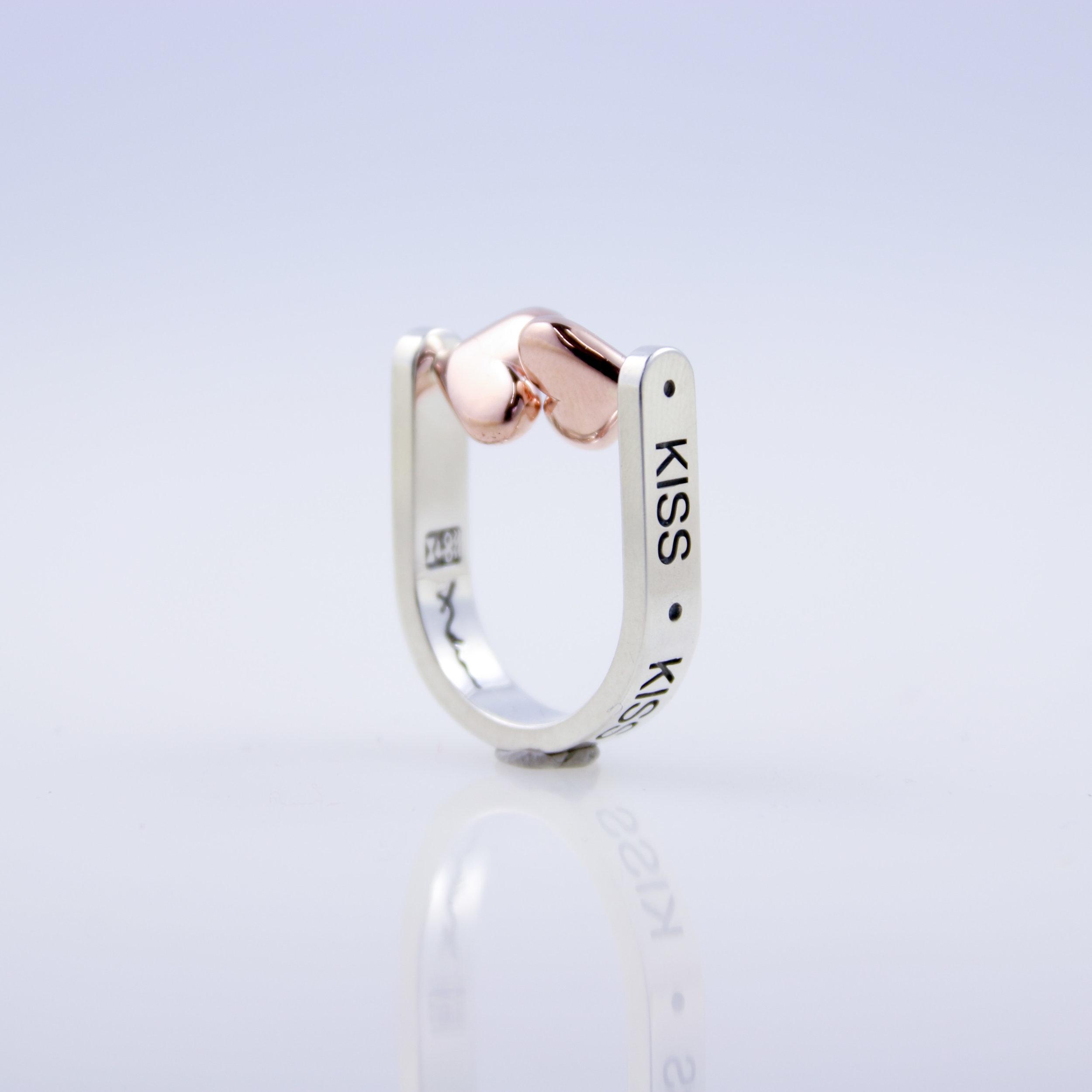 Kiss Ring   white gold, rose gold