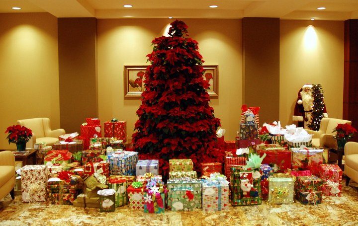 One of our gracious Corporate Donors for Silver Bells goes all out!