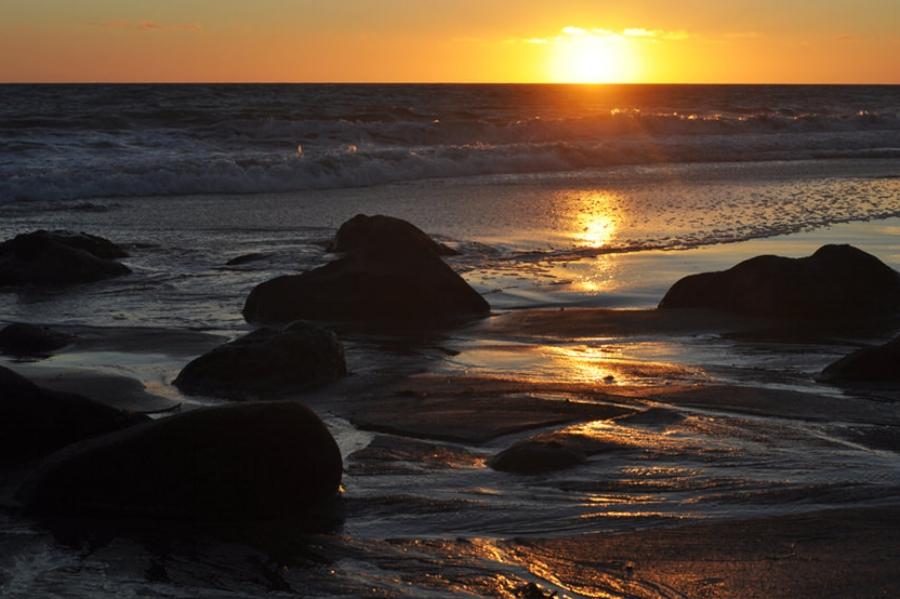 El Pescador State Beach