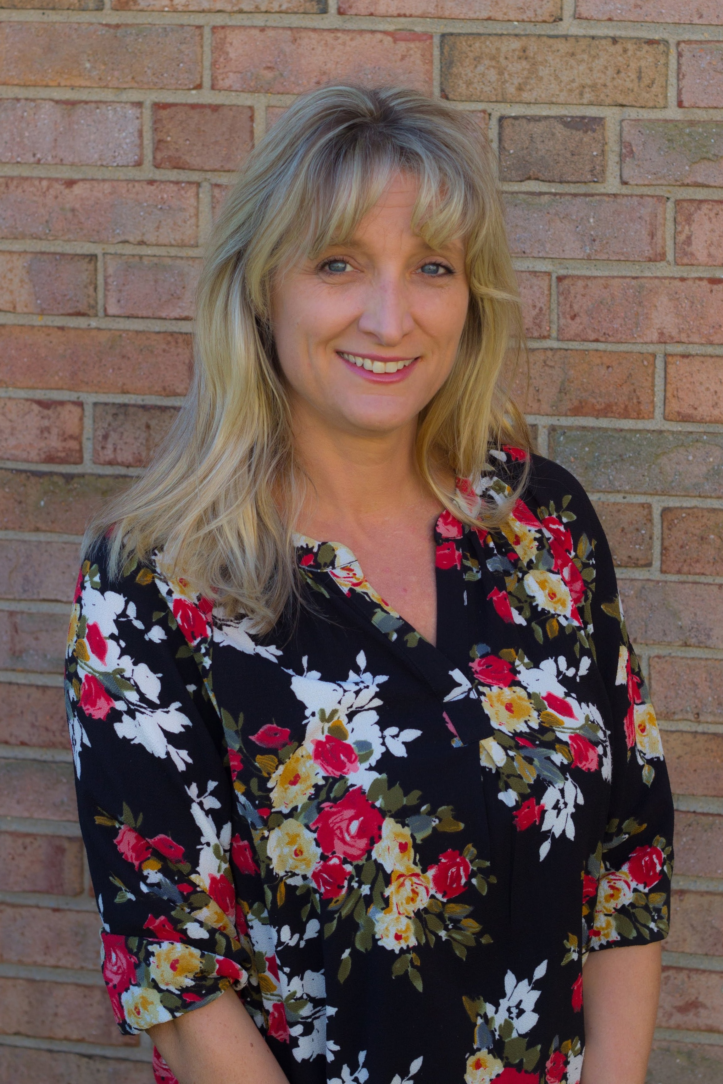 Sarka Harris   Assistant Teacher