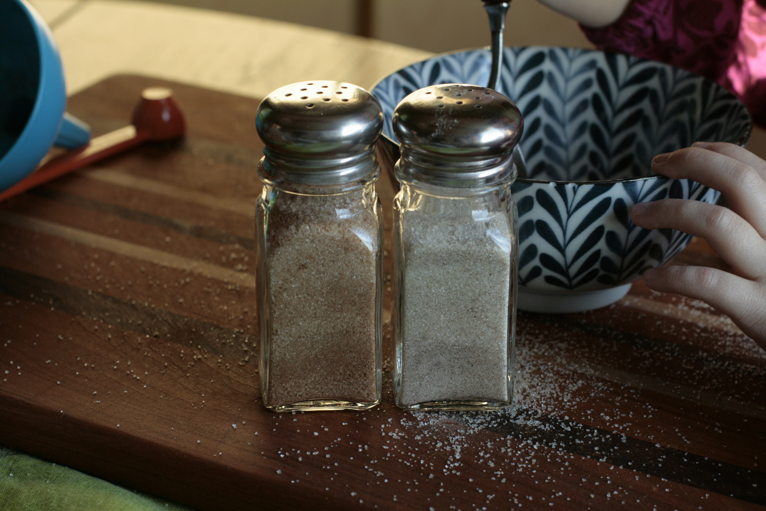 cinnamon sugar and cardamom sugar