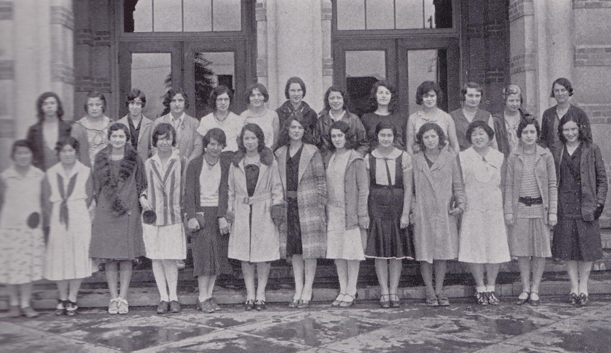 "Girls ""W"" Club (1931)"