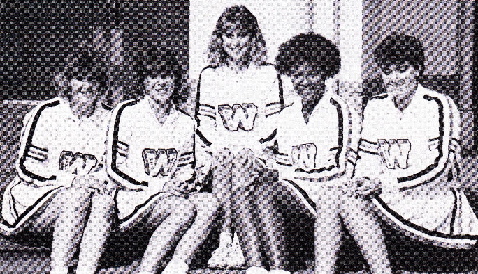 Cheerleaders (1985)