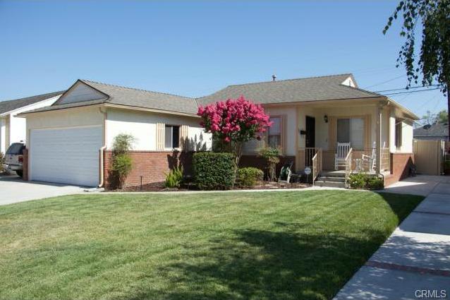 3324 centralia Lakewood, CA 90712  2 bed / 2 bath / 1046 sq ft