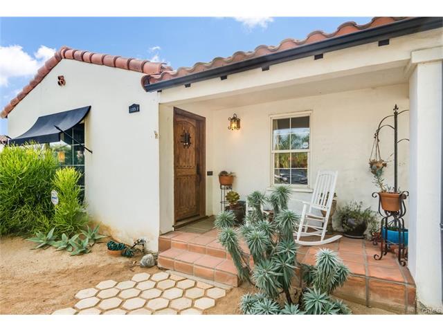 1951 Golden Ave, Long Beach, CA 90806   2bed/1bath 1062sqft