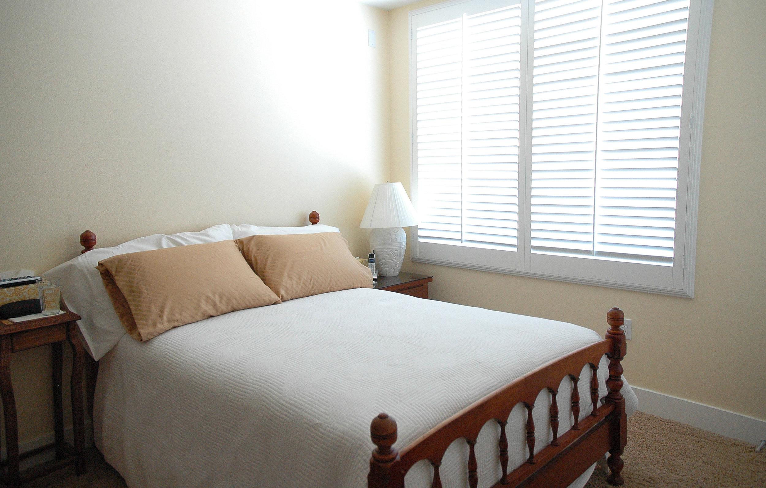 211-master-bedroom_edited-1_7269533046_o.jpg