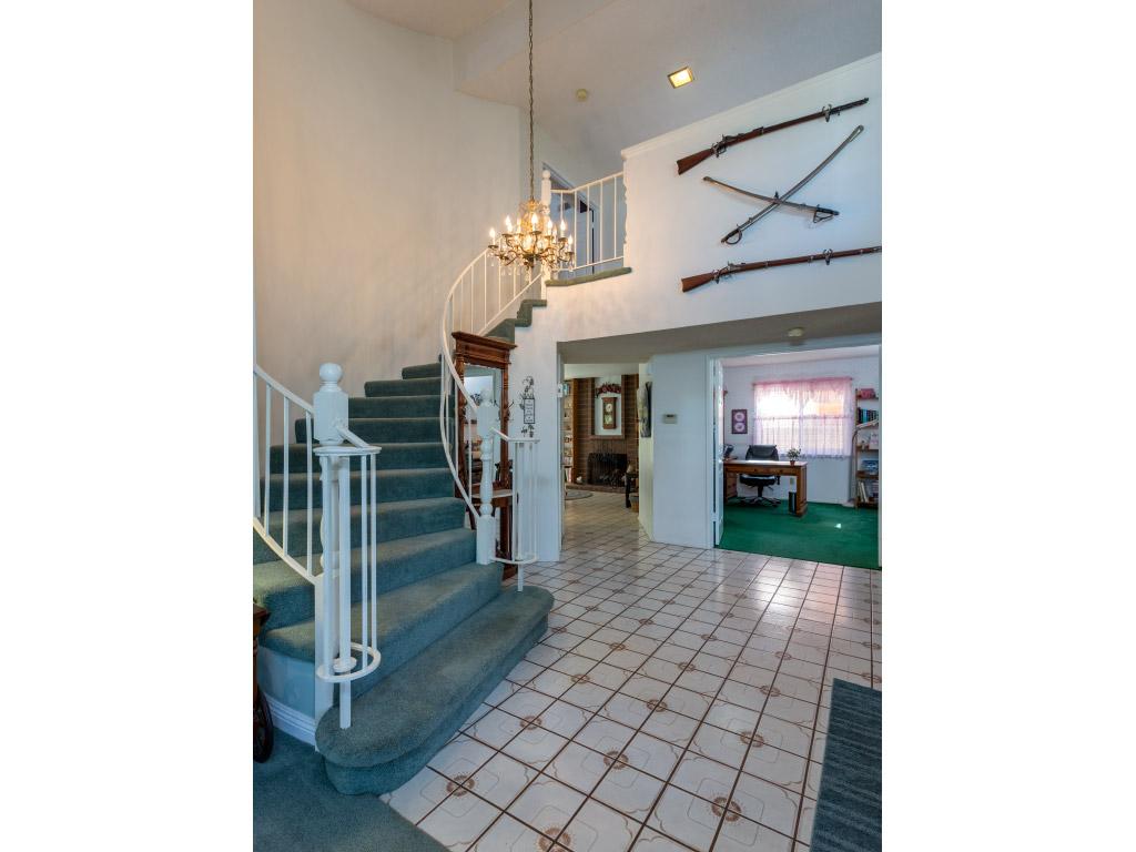 downstairs-entry-tall_16333748799_o.jpg