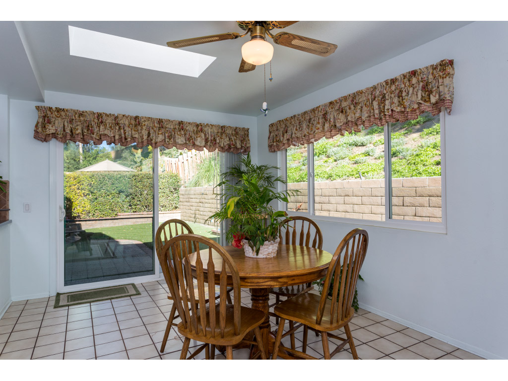 downstairs-kitchen-dining-area_16494021796_o.jpg