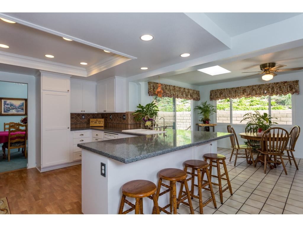 downstairs-kitchen-wide_16494021636_o.jpg