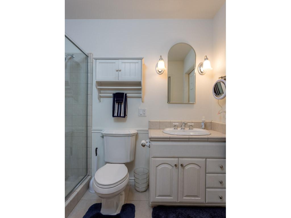 upstairs-masterbathroom_16332561010_o.jpg