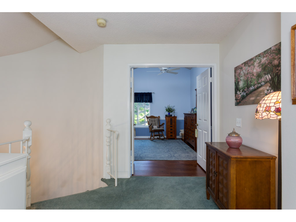 upstairs-masterbedroom-entry_16494020746_o.jpg