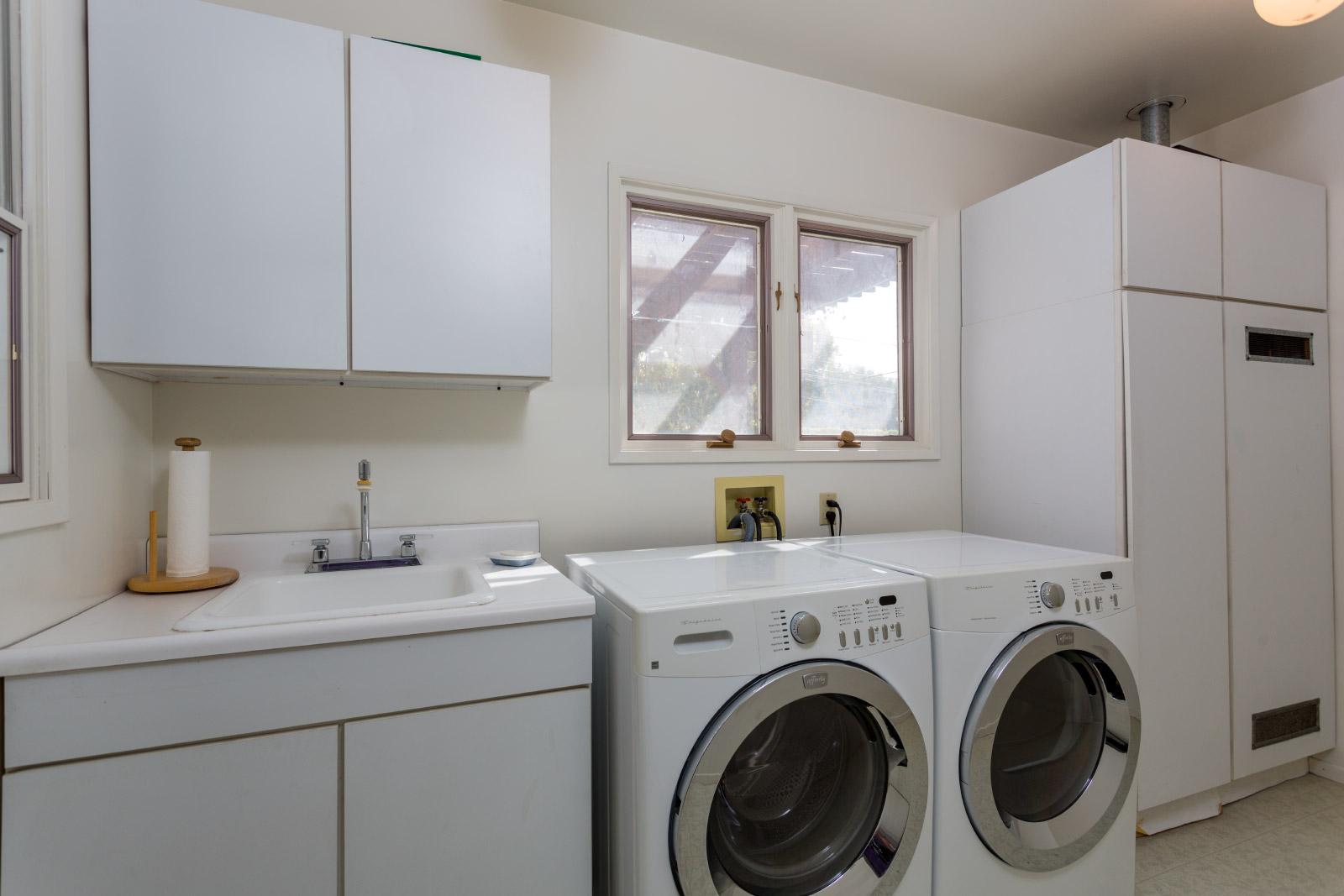 laundry-room_16767145741_o.jpg