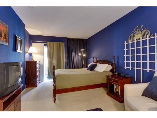 master-bedroom_14556624637_o.jpg