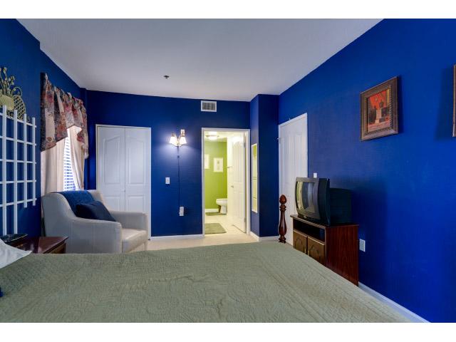 master-bedroom2_14556434088_o.jpg