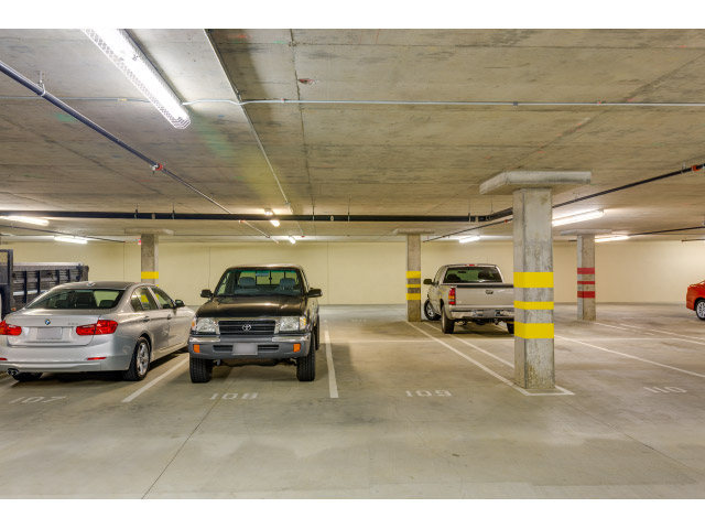 parking-space_14328087920_o.jpg