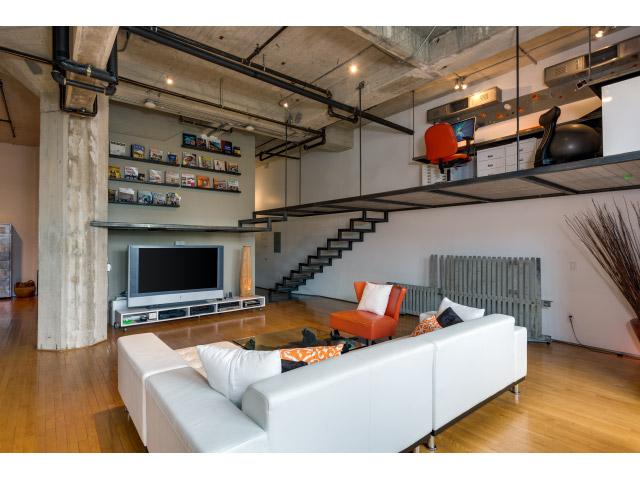 living-room2_14726226461_o.jpg