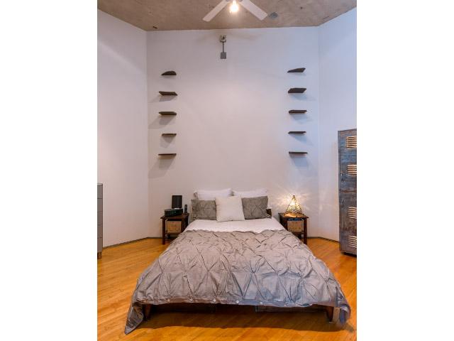 master-bedroom3_14749268933_o.jpg