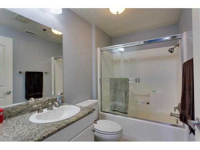 master-bathroom_14514806105_o.jpg