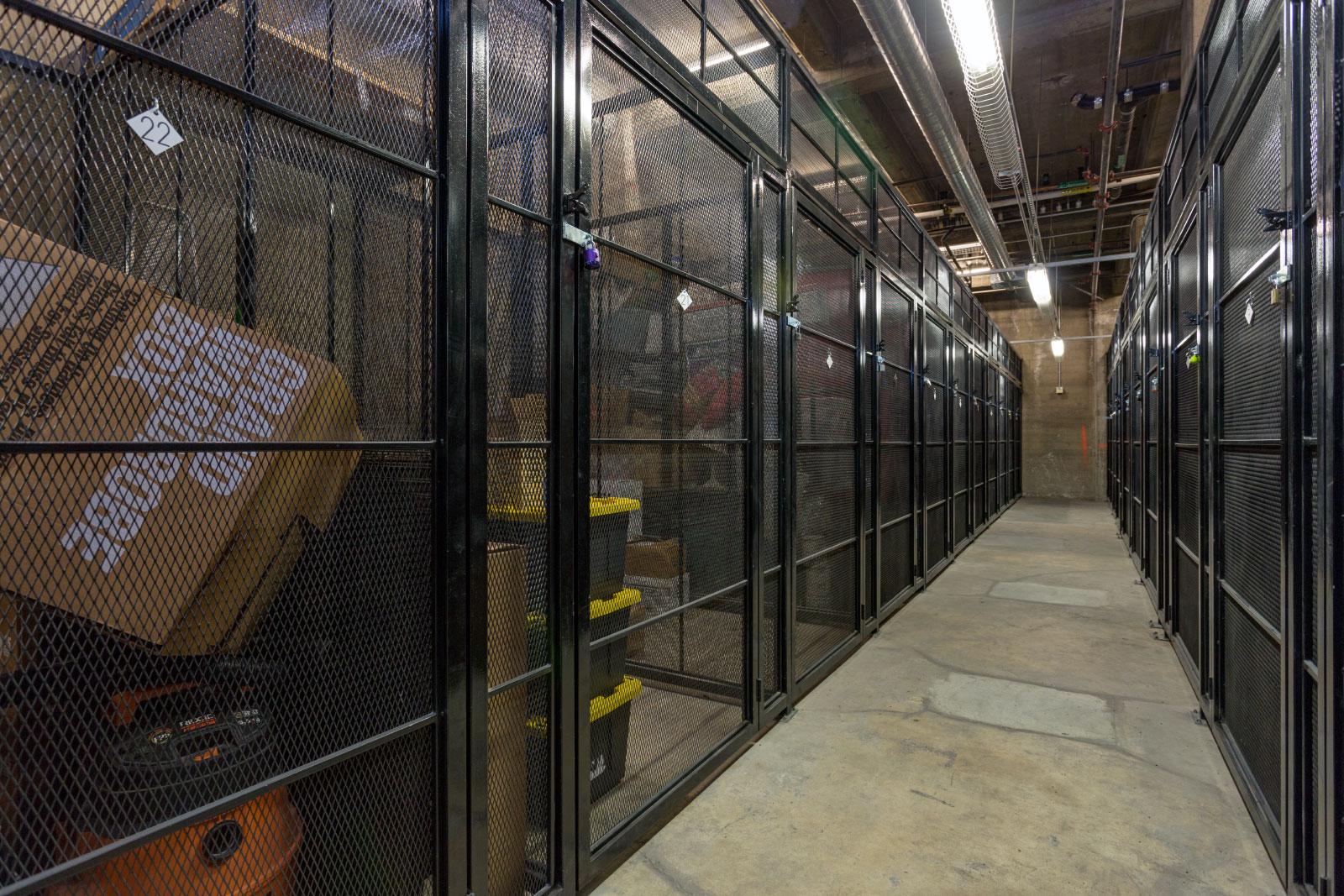 storage-locker_12844273933_o.jpg