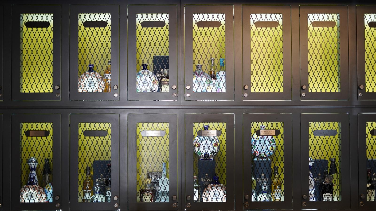flat-Lockers.jpg