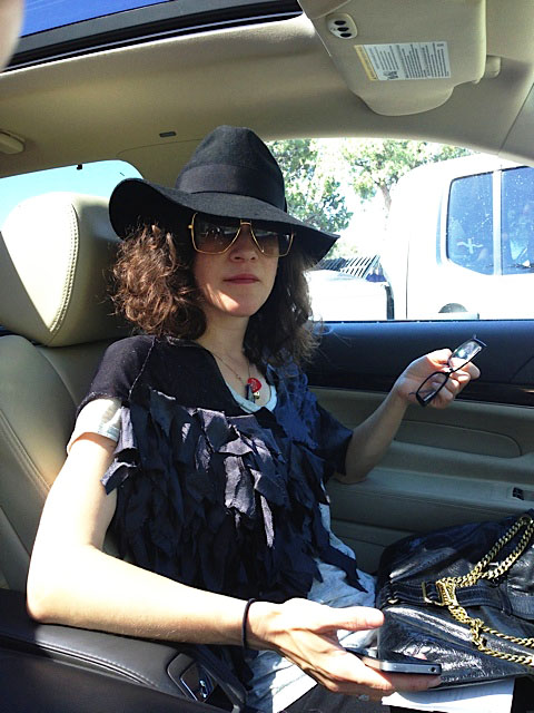 Sash - that's a Yoji Hat (Wow) and a Wolves shoulder..... She drives to Vegas.