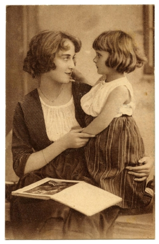 mothers+day+vintage+graphic--graphicsfairy010.jpg
