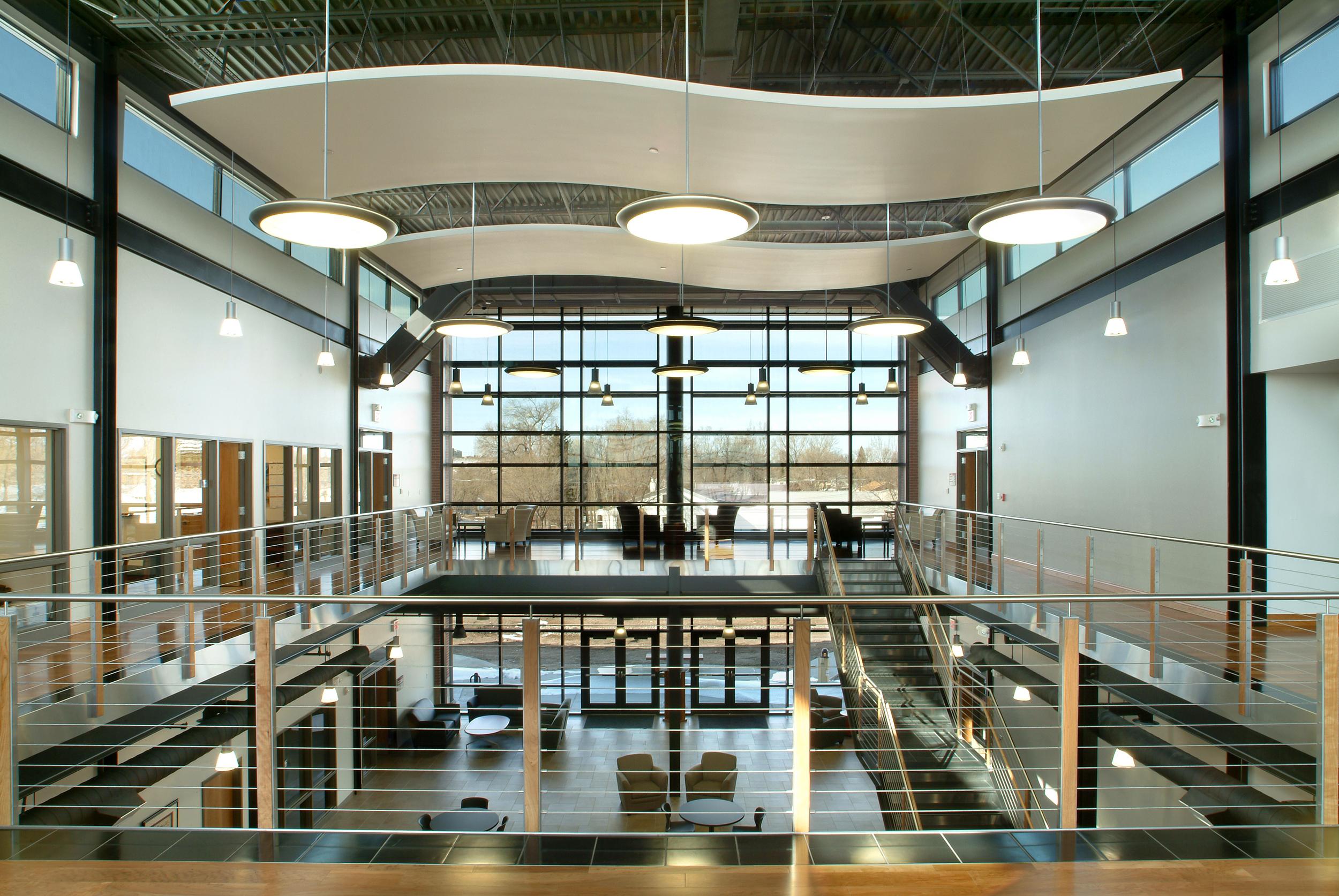 PIC 0701 Interior - Atrium 1.jpg