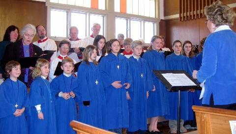 bishop_choir_2520Web.jpg