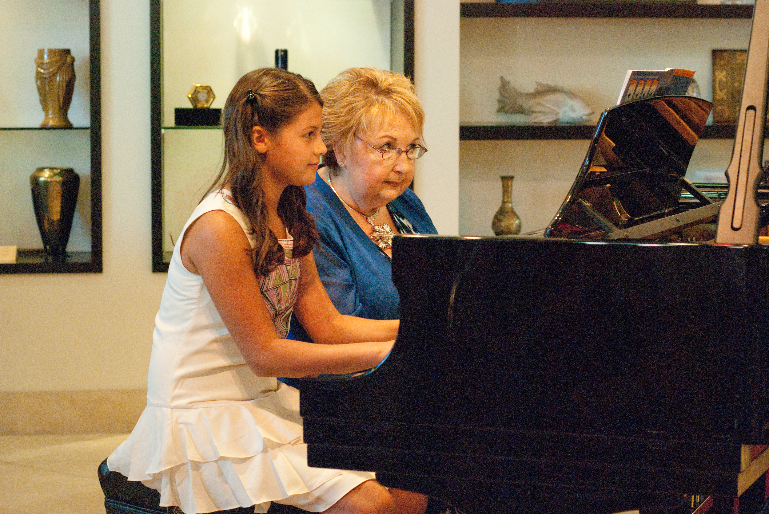 hollywood spectacular music recital 2012-3275.jpg