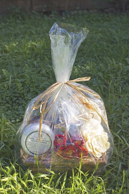 gift+bag.jpg