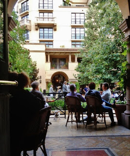 yum-du-jour-bar-bouchon-los-angeles-beverly-hills-patio+(Copy).JPG
