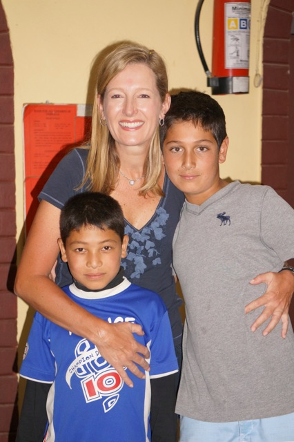 Joye (Aus) and her son Manni were delighted to meettheir sponsored child, Nishan, during their visit to Nepal