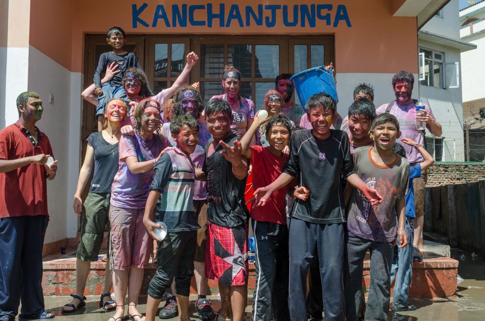 Volunteer-Childcare-Homes-Kanchanjunga-Holi.jpg