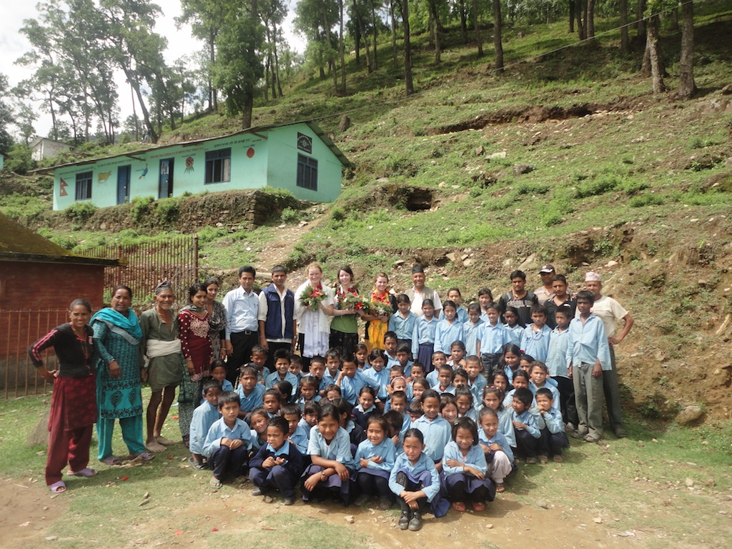 Community-Support-Sindhupalchok-Shree-Bahradevi-Primary-School-Group.jpg
