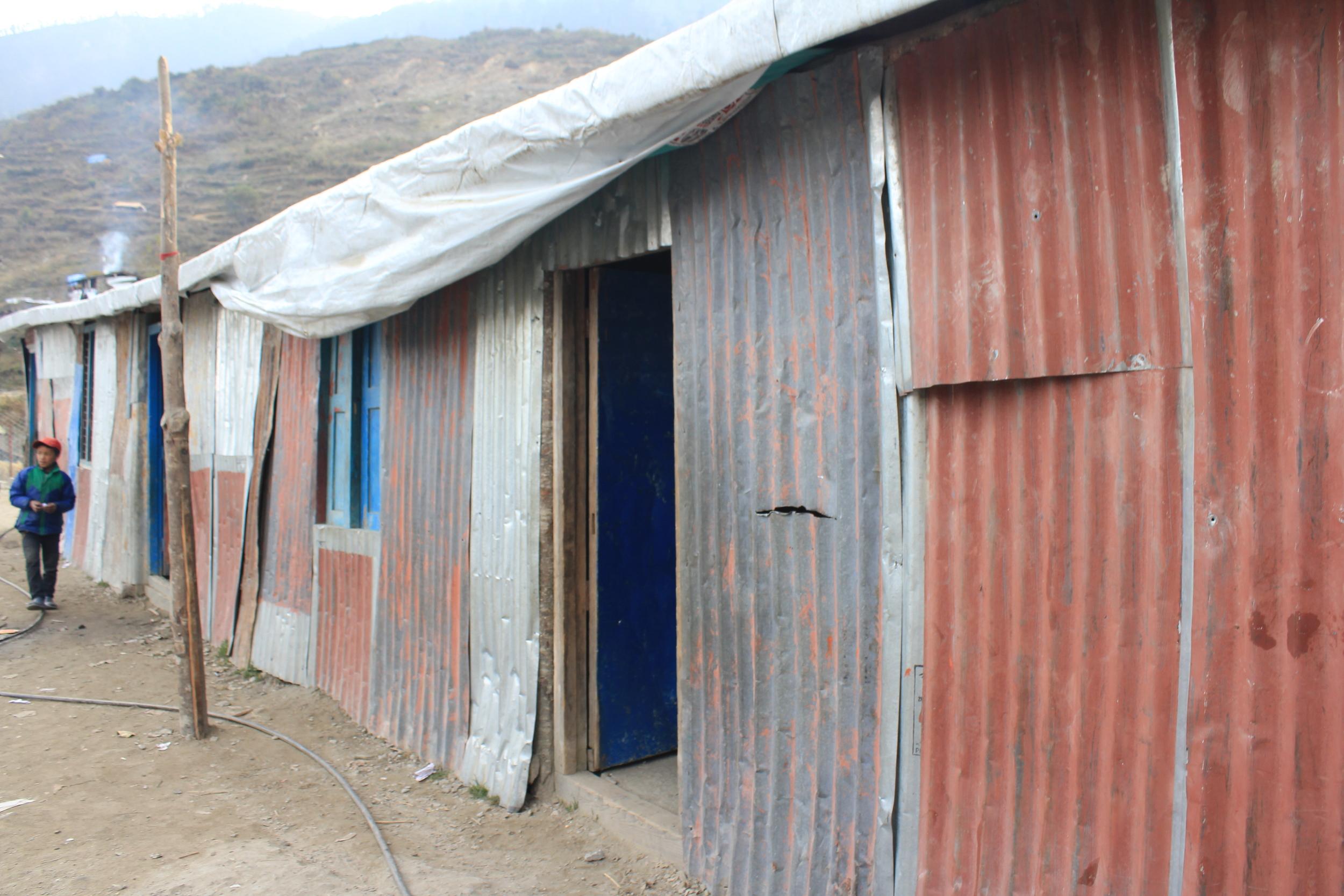 temporary Gatlang school building