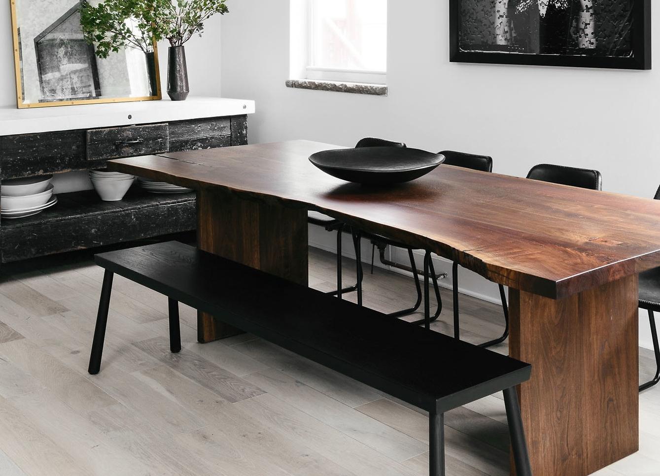 Livingston_dining_table_2.jpg