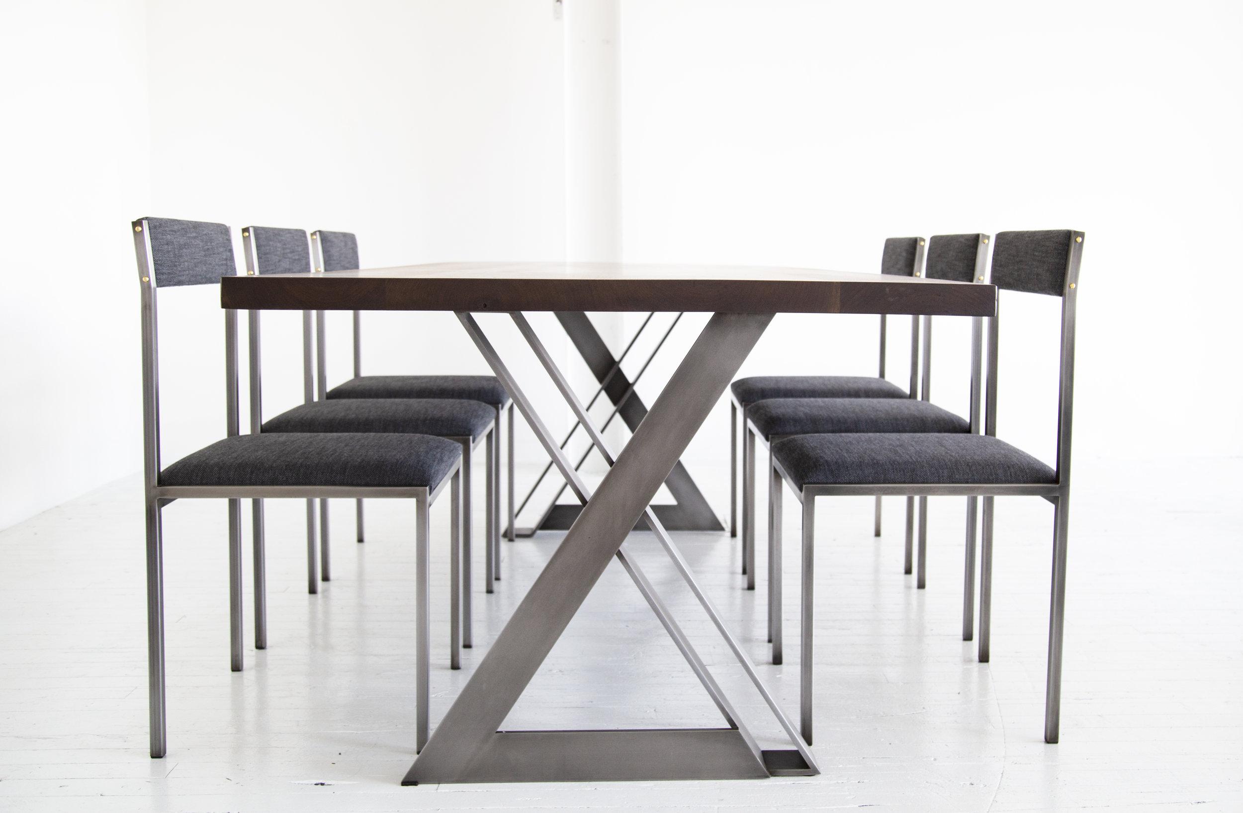 Founders_dining_Table_showroom.jpg