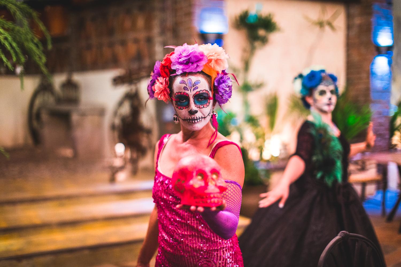 0049 Dia de Muertos Villa Valentina blog 20151102.jpg