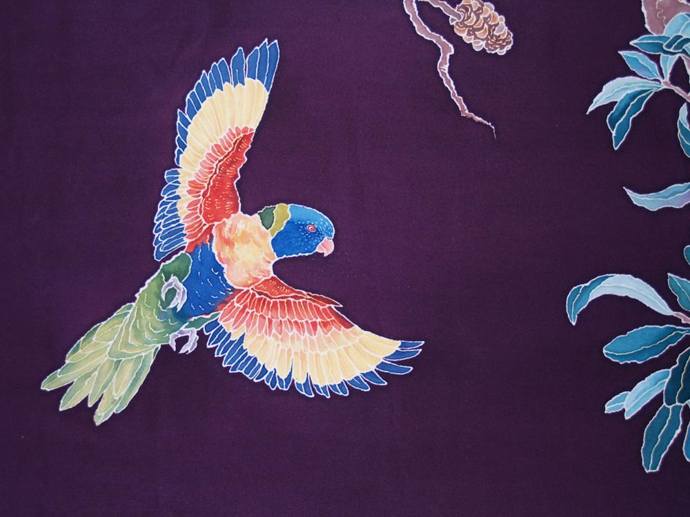 RainbowLorikeetScroll-2012-flying.JPG