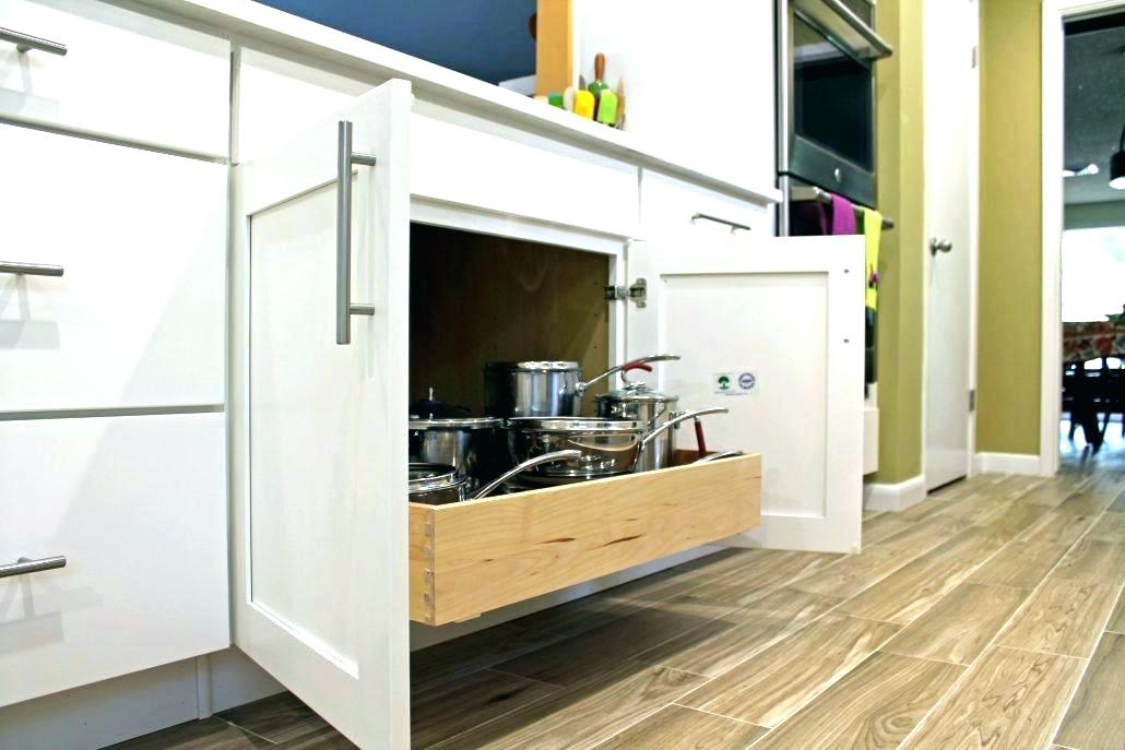 kitchen drawers.jpg