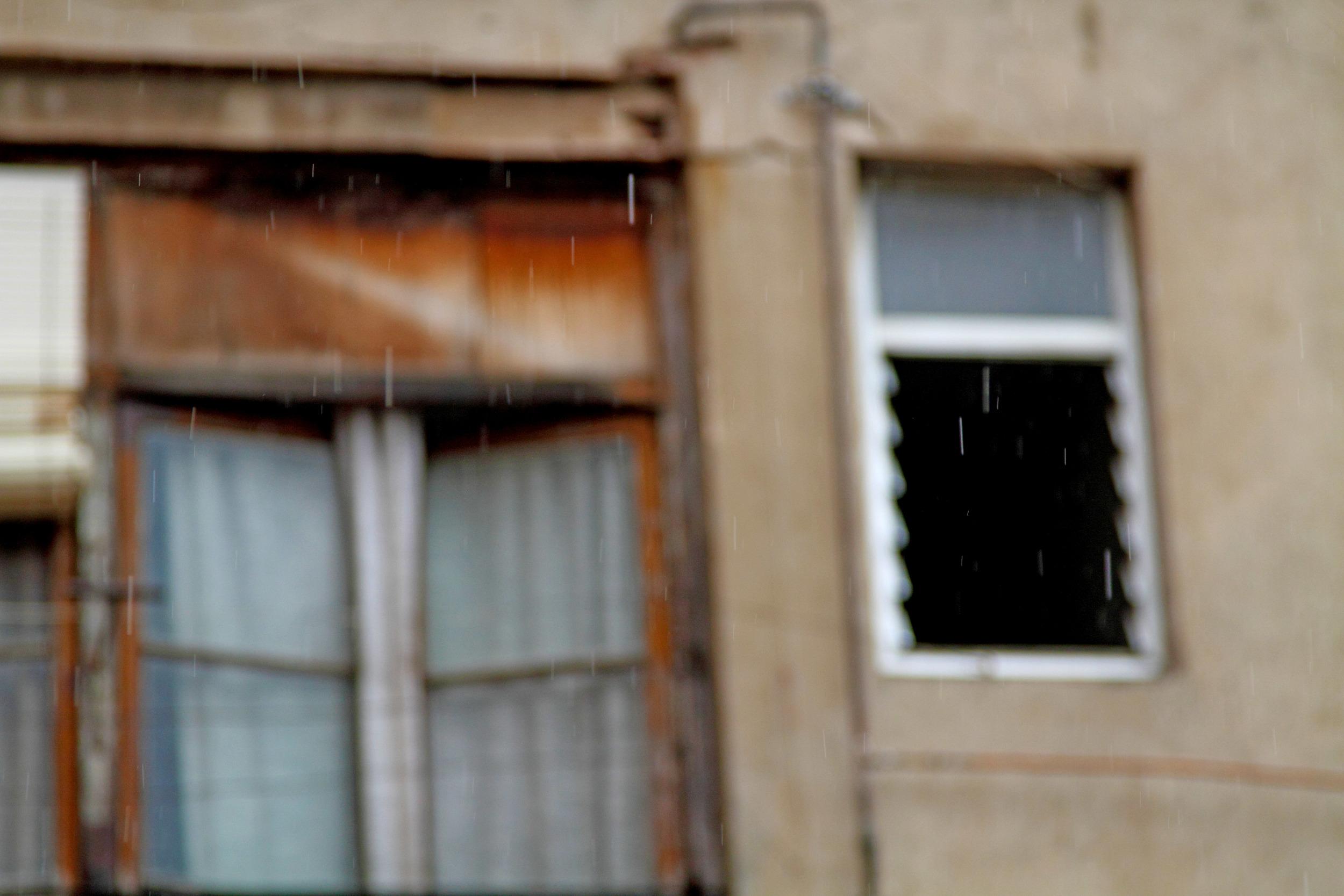 RAIN_BCN APT PHOTOS 11.jpg