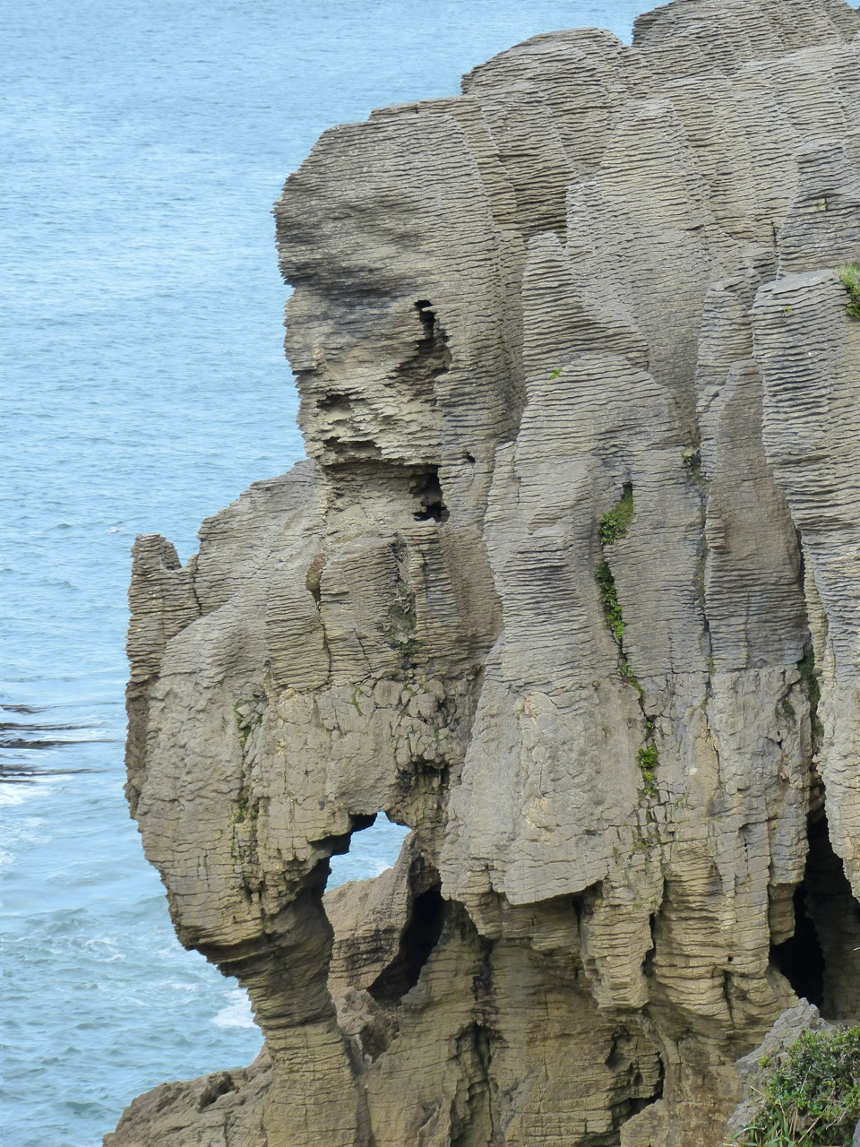 The Pancake Rocks.  Kind of reminds me of the stone men from Easter Island.