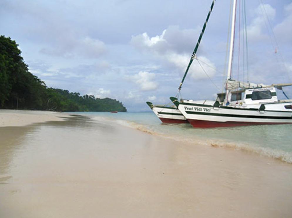 Tiki 38 beached