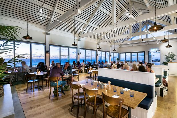 restaurant in WA images by badenport constructions.JPG